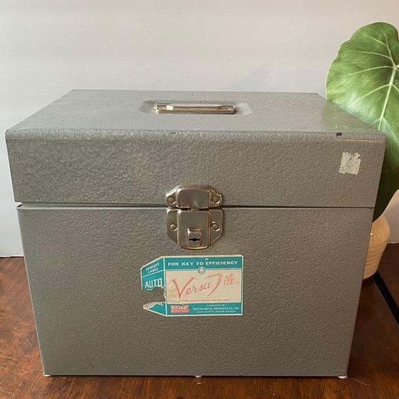 Vintage Vera File Metal File Box Potable Storage